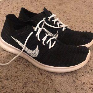 Men's Black Nike Free Rn Flyknit